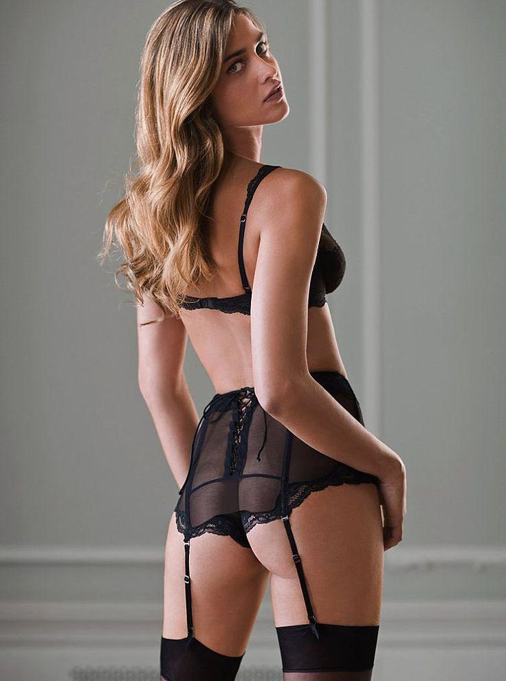 Ана Беатрис Баррос в нижнем белье