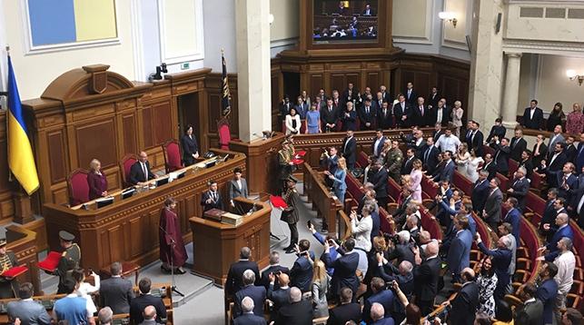 Ляшенко передал Зеленскому поздравления от Президента Беларуси со вступлением в должность