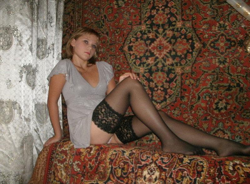 Домашние фото девушек - 160 фото с сайтов знакомств и соцсетей