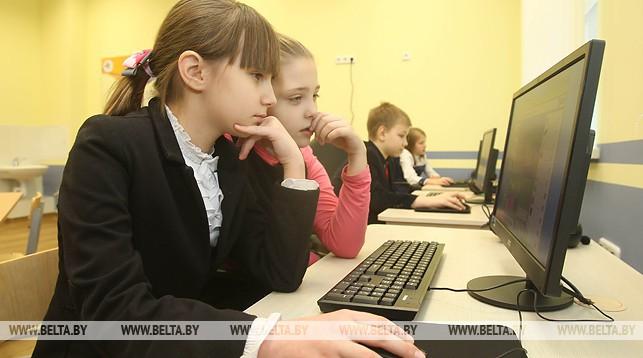Около 80% белорусских детей пользуются интернетом каждый день