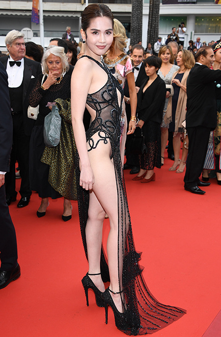 Вьетнамскую модель Нгок Трин оштрафовали за появление на Каннском кинофестивале без нижнего белья