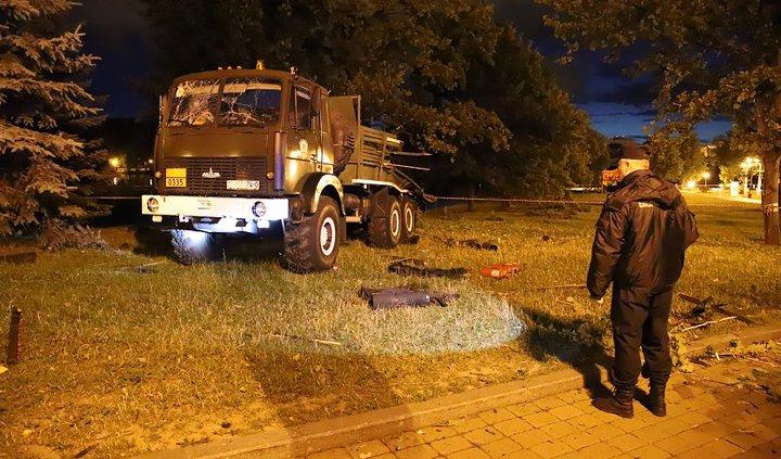 3 июля, во время салюта в Минске, пострадали от взрывов не менее 10 человек. СК возбудил уголовное дело