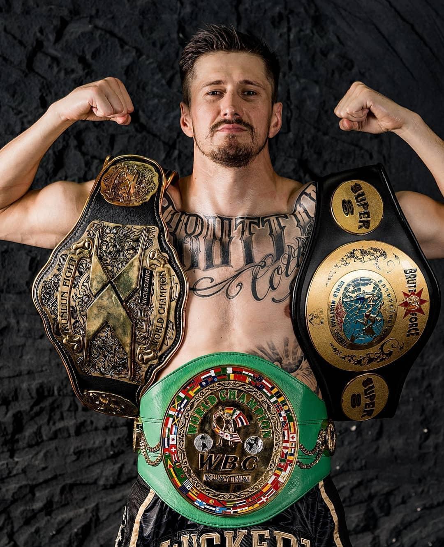Белорус Виталий Гурков стал первым двукратным чемпионом мира по версии Kunlun Fight