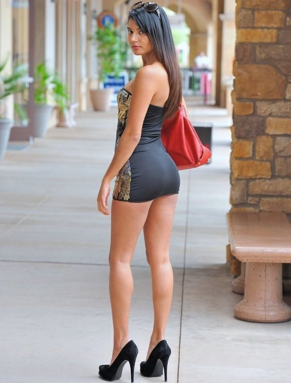 Latinos Girls In Comely High Heels 1