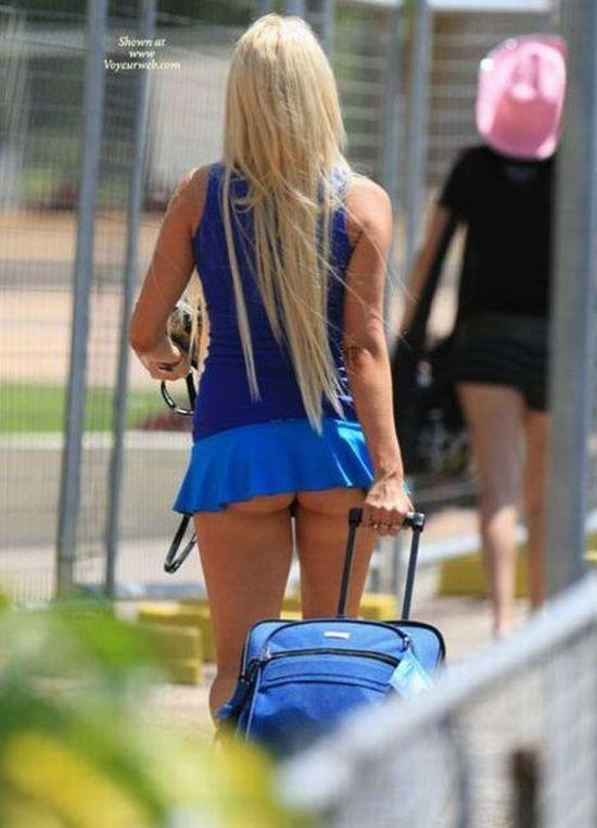 Фото коротких юбок на улицах вид сзади