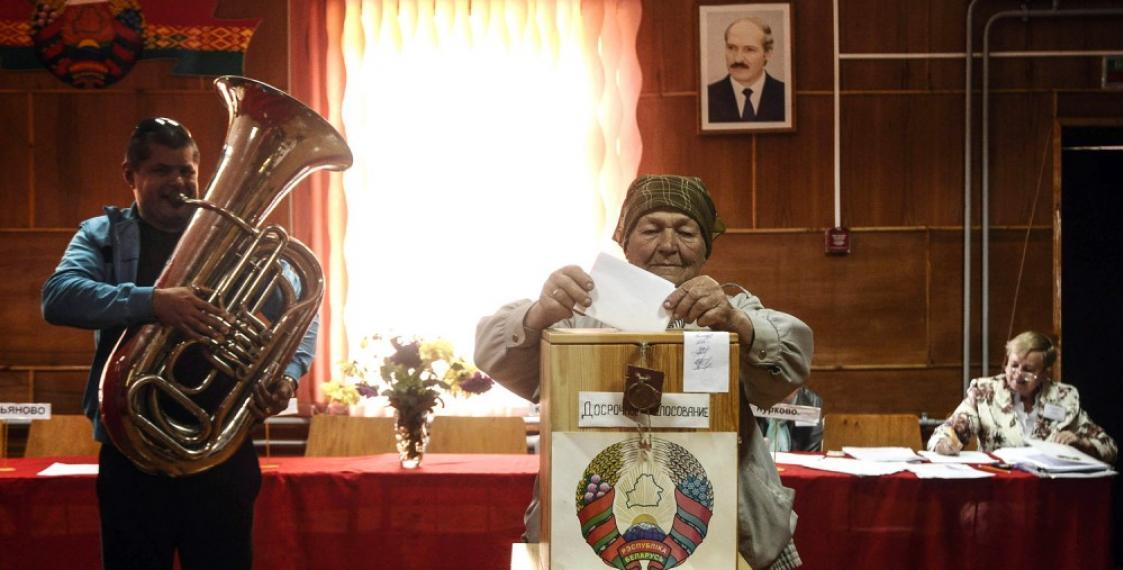 Случайно ли совпали выборы президента и день рождения Лукашенко?