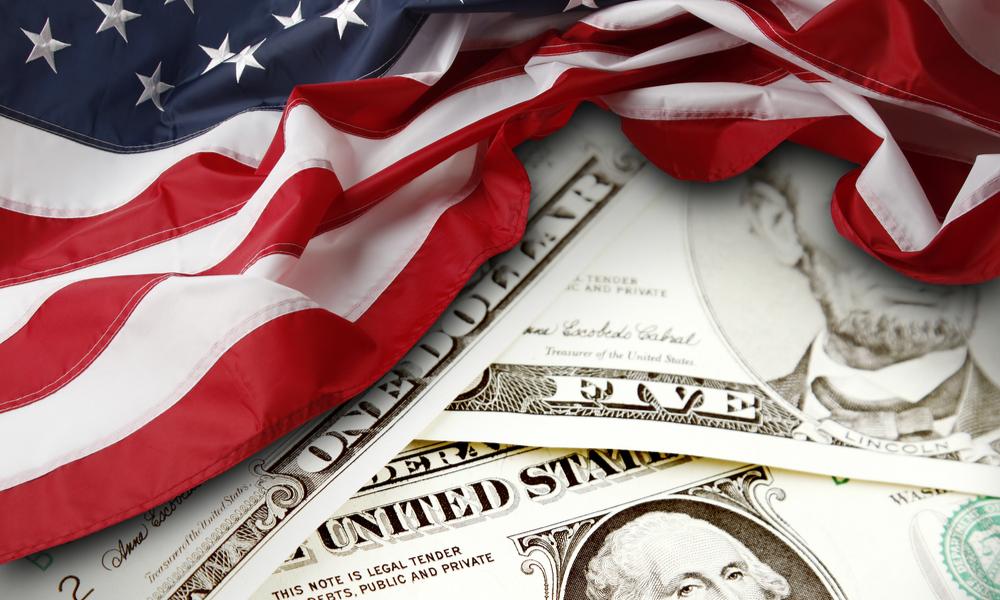 Трамп собрался обвалить американский доллар: чего ждать белорусам?