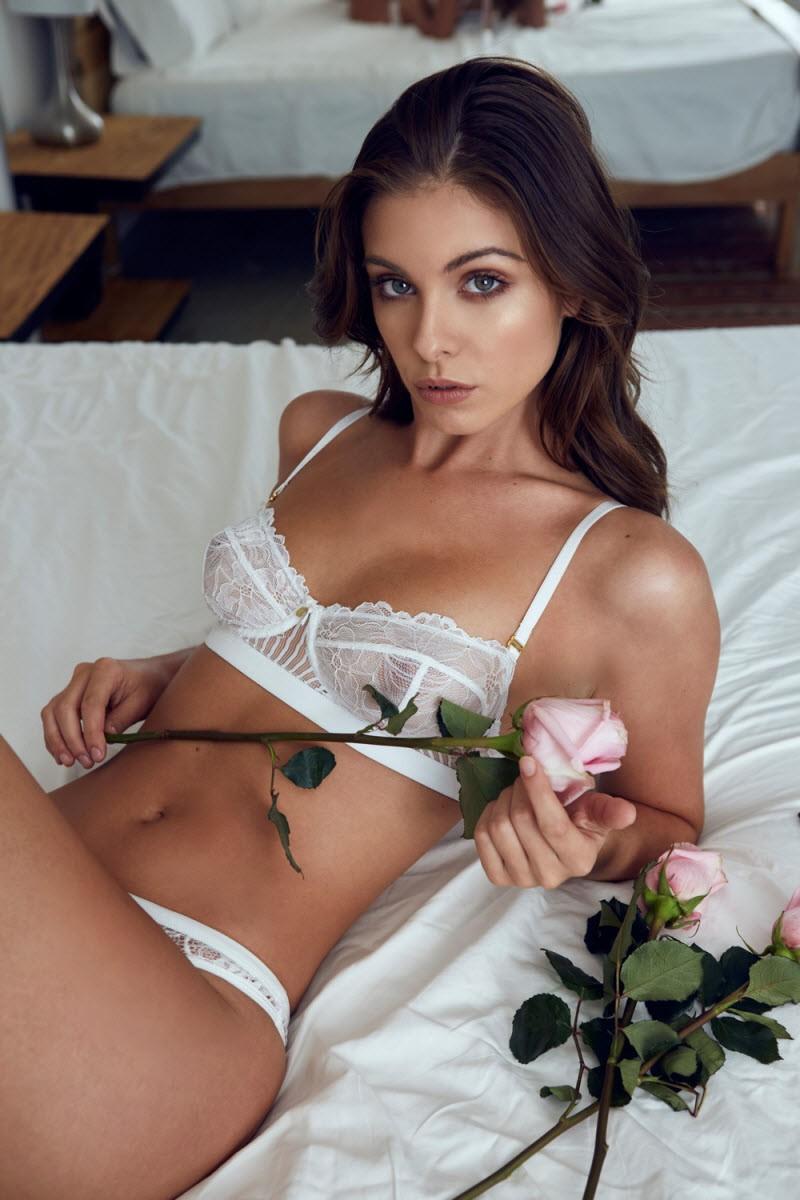 Девушка дня – Кармелла Роуз (30 фото)