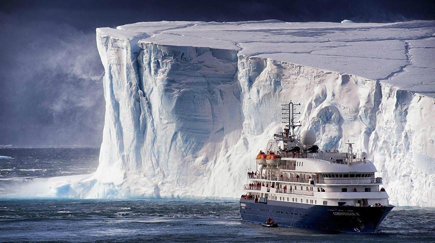 Крупнейший за последние полвека айсберг откололся от Антарктиды