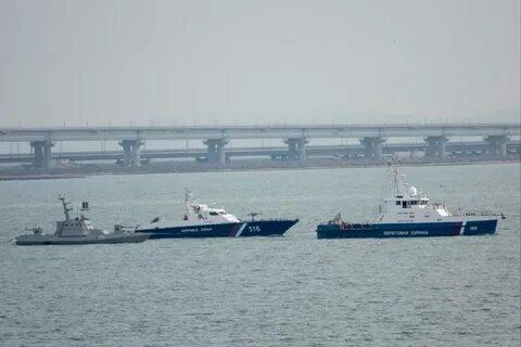 Россия возвращает Украине захваченные военные корабли