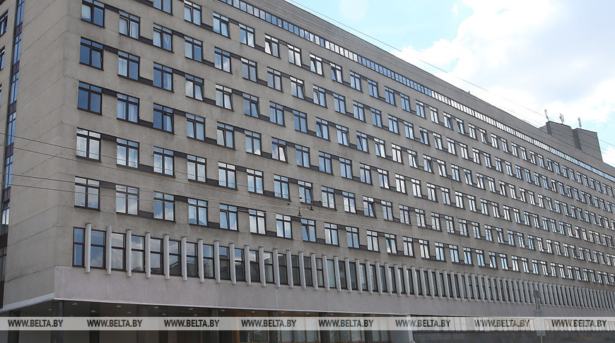 Минздрав рассказал, зачем палатки у Минской инфекционной больницы