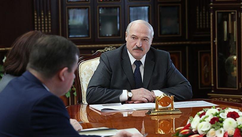23 апреля во время совещания Александр Лукашенко прокомментировал рекомендации ВОЗ для Беларуси