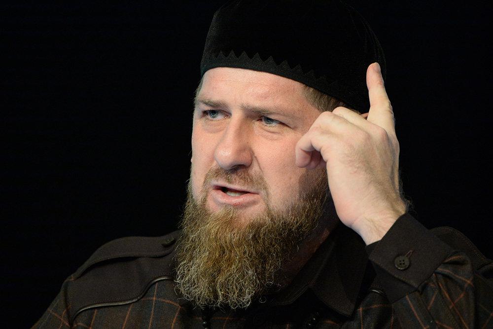 Кадыров потребовал уволить медиков
