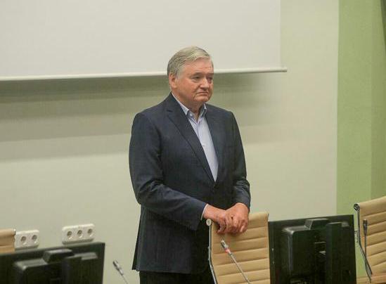 Александр Мрочек — известный белорусский кардиолог, в том числе за рубежом