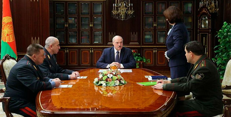 Лукашенко: В ближайшее время будут приняты меры о непризнании дипломов, полученных за границей
