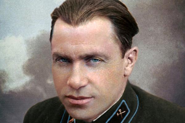 Взорвал немецкого генерала, считался личным врагом Гитлера и дожил до 100 лет. Кем был советский